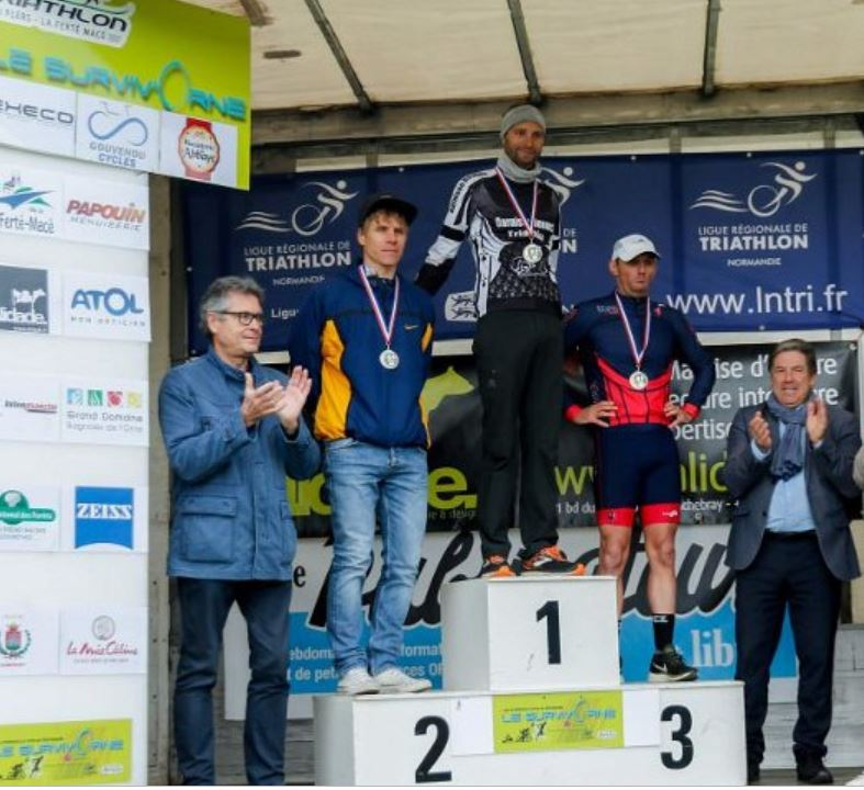 Survivorne2019 podium Tony2
